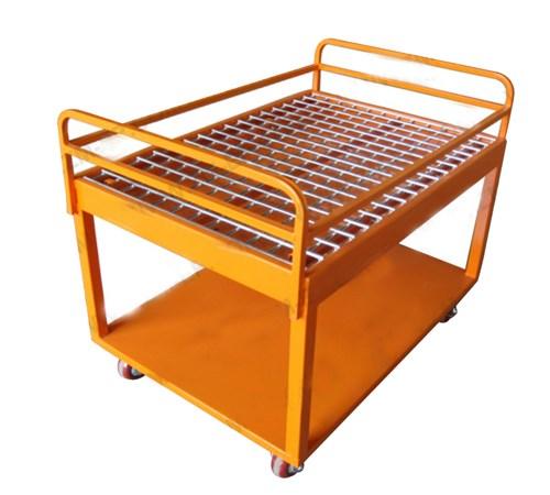 Folding steel pallet